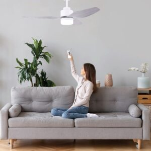Ventilador de techo ESTORIL climatiza el salón