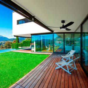 Ventilador FEROE climatiza la terraza del hogar