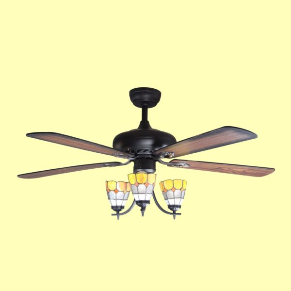 Ventilador de techo DELI con motor DC de varias velocidades y programable mediante mando a distancia.