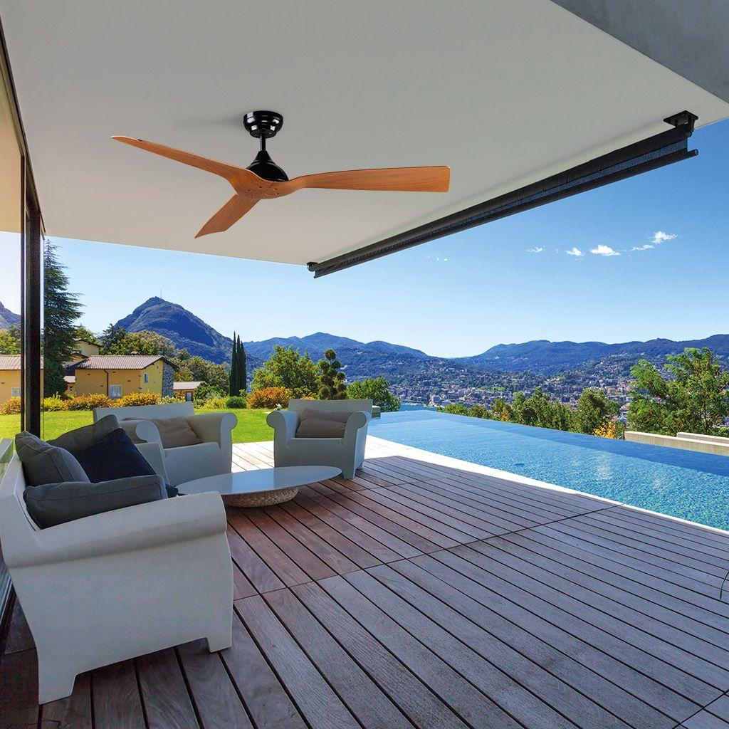 Ventilador de techo AREIA en una terraza. Con IP44, es apto para exteriores.