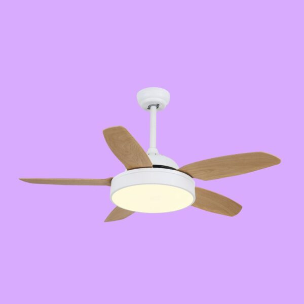Ventilador de techo MYKONOS, con motor DC y luz LED con 3 temperaturas de color.