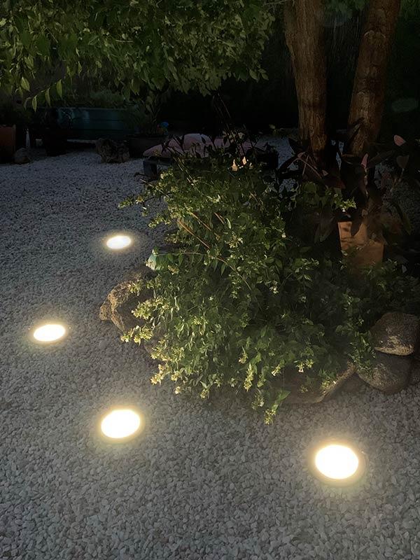 Lámparas solares de <strong>SUELO</strong>
