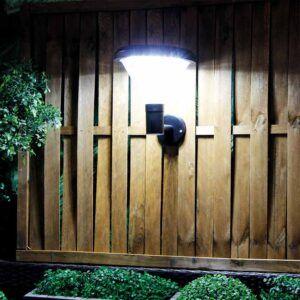 Foco solar TEMPEL PARED en jardín